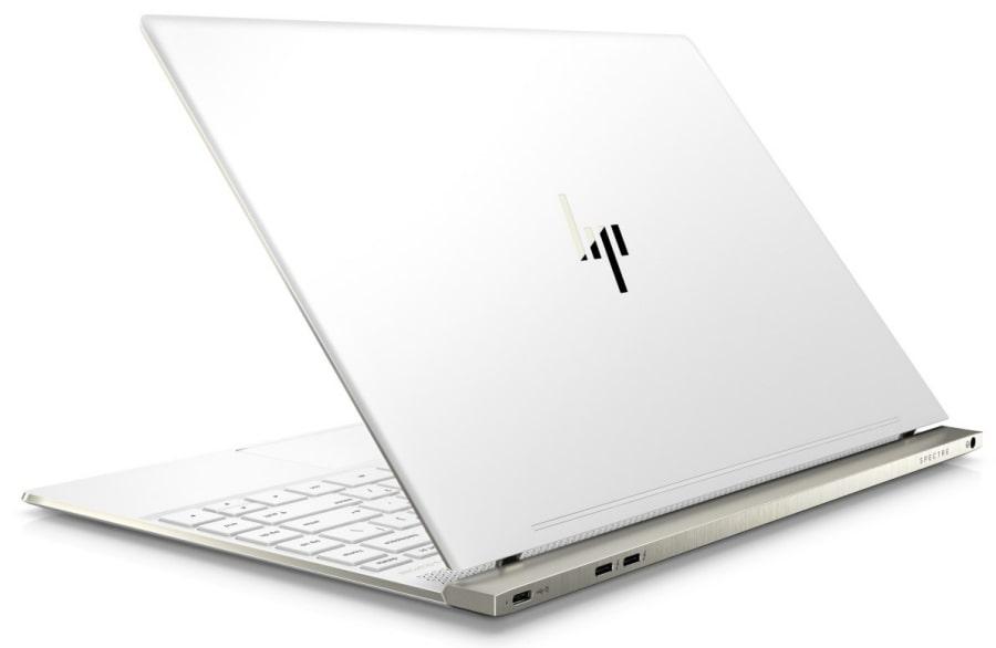 Фото современного ноутбука из США HP